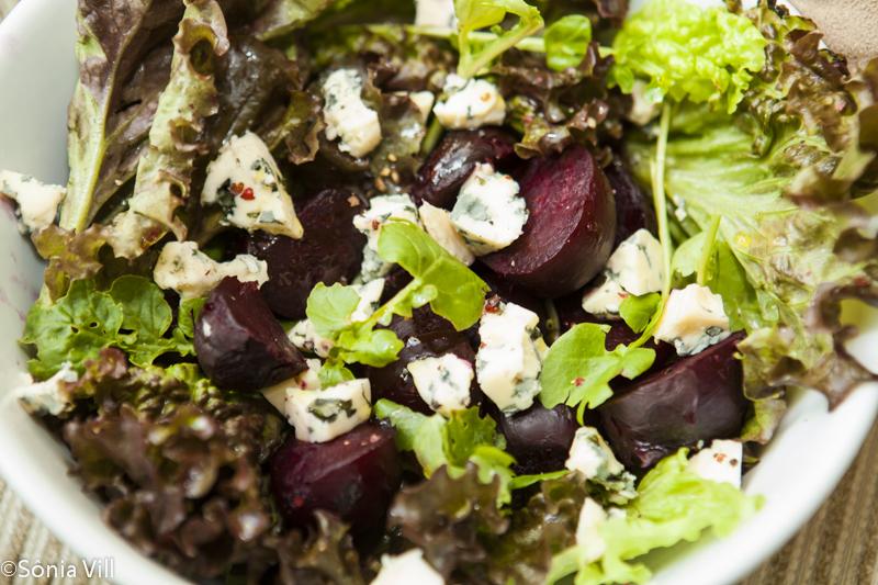 Salada de Beterrabas e gorgonzola
