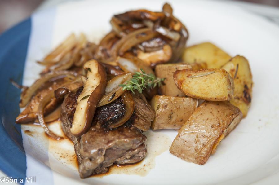 filet com batatas