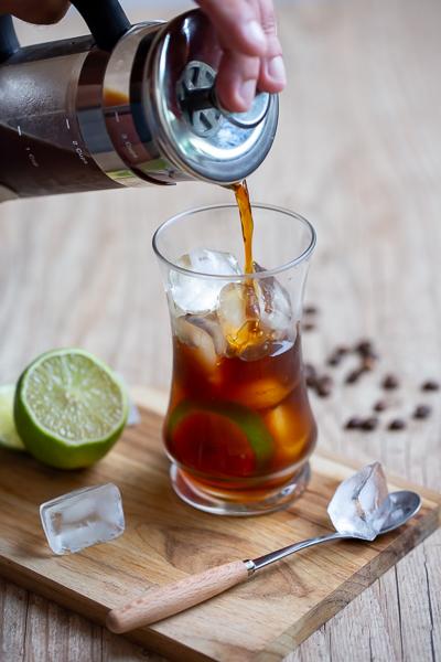 Cold brew – Café gelado com prensa francesa